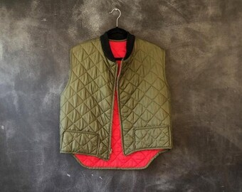 cbf8c6afb39fa SALE 20% OFF 1950's 1960's Quilted Hunting Vest Olive Green Liner Nylon  Americana Heritage Southwestern Insulated Boho Hippy Mens Size S/M,