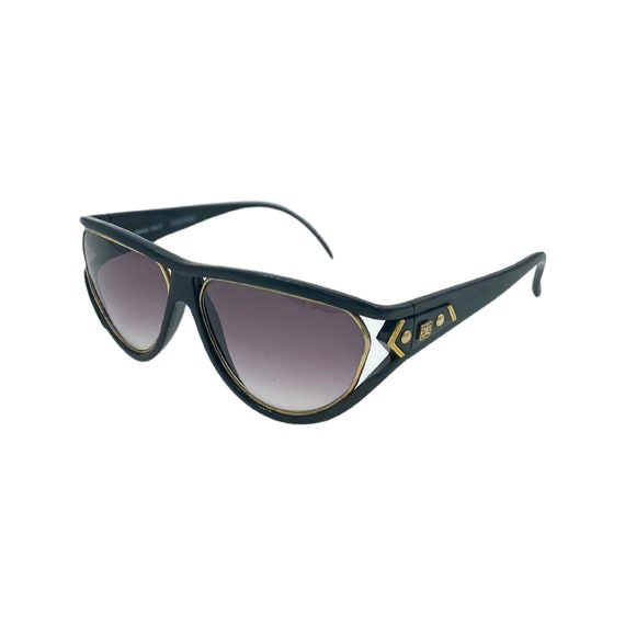 80's Givenchy Optyl Plastic Sunglasses Eyewear Made in Italy Black Frames Black Gradient Lenses Designer High Fashions Style 2010