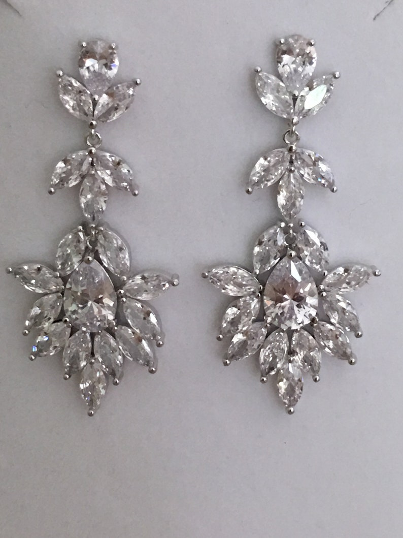 Rhodium Bridal Earrings Silver Statement Bridal Earrings Rhinestone Bridal Earrings Vintage Bridal Earrings Silver Earrings