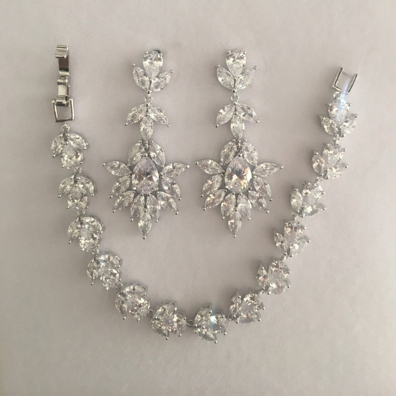 Silver Bridal Set Silver Bridal Earrings Silver Bridal Bracelet Teardrop Earrings Teardrop Bracelet Bridesmaids Set Bridal Jewelry