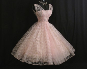Vintage 1950's 50s Bombshell Baby PINK Lace Tulle Circle Skirt PROM Party Wedding Dress Gown