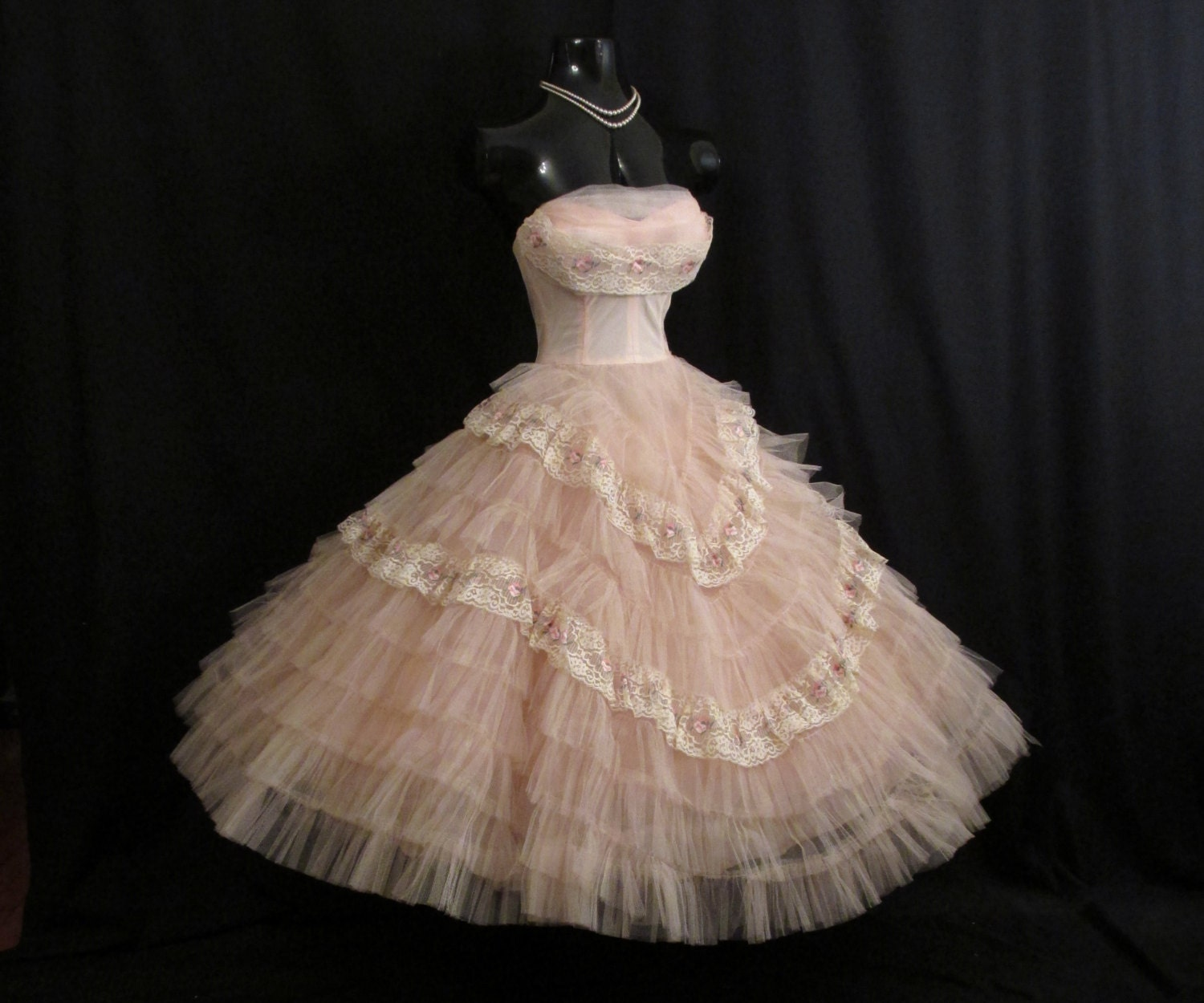 Vintage 1950's 50s STRAPLESS Bombshell Pink Floral