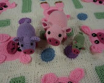 Pigs on a Blanket Afghan and Amigurumi Pattern