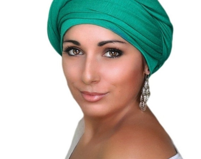 AUTUMN SALE Emerald Green Turban, Chemo Hat Head Wrap Alopecia Scarf, One Piece Fitted Wrap, Jersey Knit Head Wrap
