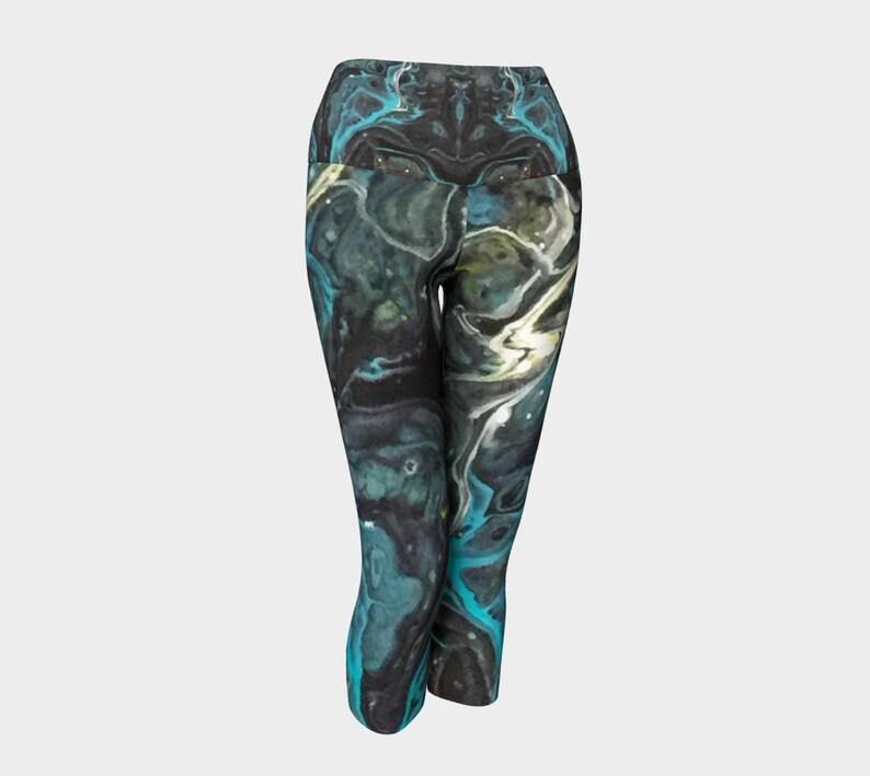 gray blue Wearable art Black Yoga Capri Leggings Black Agate Pattern 955 Yoga pants white