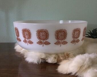 Retro Bread Brown Sun Flower Federal Loaf Pan, Vintage Milkglass