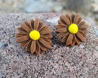 Brown Daisy Button Earrings - Post or Clip on Jewelry - Large Flower Earrings - Womens Fashion - Gift Ideas