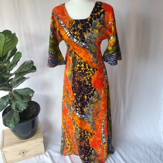 Vintage 1960s Psychedelic Kaftan Hippie Dress