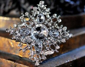 Rhinestone Brooch Embellishment - Flatback - Rhinestone Broach - Brooch Bouquet - Supply - Wedding Jewelry Supply - RD331