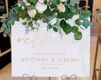 Wedding Welcome Sign White Acrylic Elegant Wedding Sign for Wedding Signs, Welcome Sign Wedding Decor Sign Gold and White (Item - WEW422)
