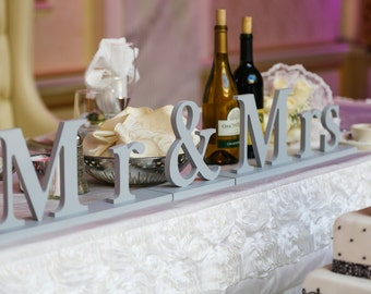 Mr and Mrs Sign for Wedding - Decor, Wedding Sign Sweetheart Table - Mr & Mrs Sign ( Item - MB100 )