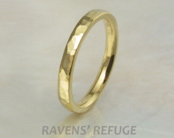 2mm 21k gold hand forged hammered wedding band / stacking ring with beveled edges, comfort fit