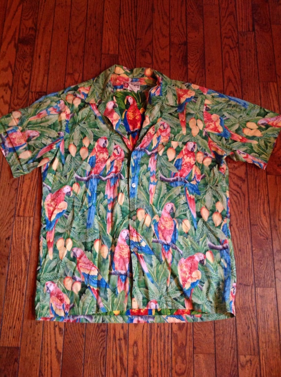 b4f61af7 Vintage Hilo Hattie Hawaiian Original Shirt Sz Large Parrot | Etsy