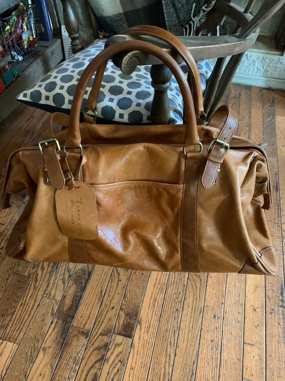Vintage Clava American Leather Duffel Overnight Ba