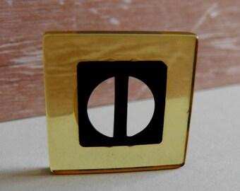 Art Deco Apple Juice Bakelite Slide Button or Buckle Black Center