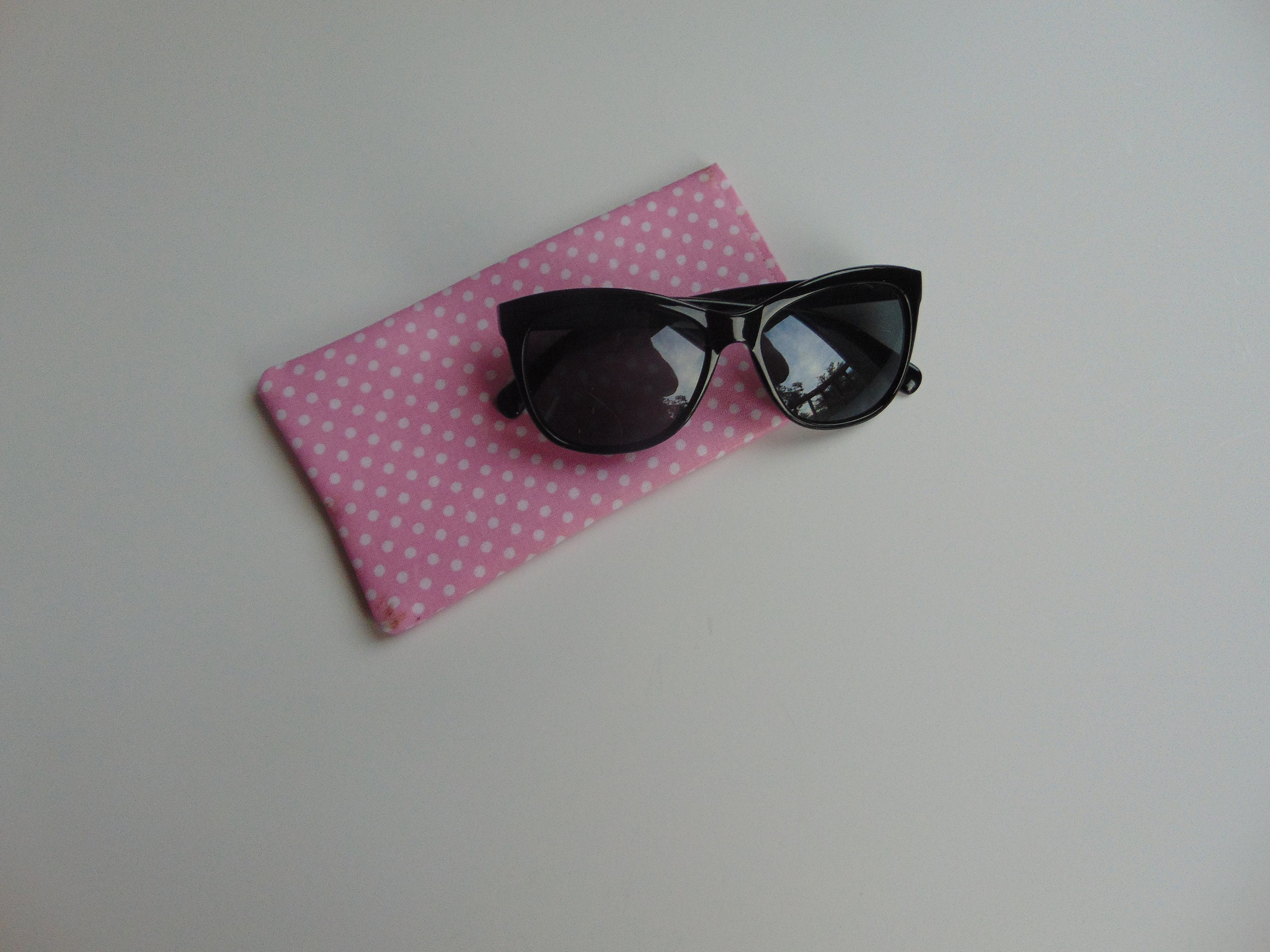 b7f1aba8d20 Pink Polka Dot fabric sunglasses case reading glasses case