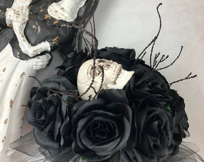 New Custom Halloween Skull Bridal Bouquet, Walking Dead Bridal Bouquet, Zombie Bridal Bouquet