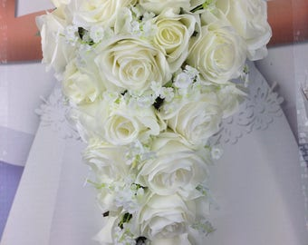 New Artificial White Wedding Teardrop Wedding Bouquet, Baby's Breath and Rose Bridal Bouquet