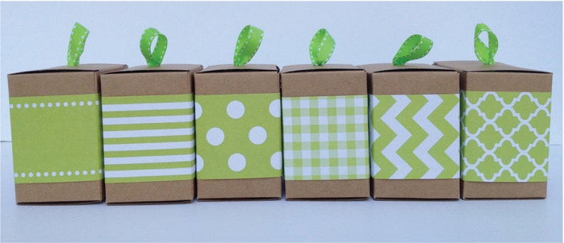 Green Paper Ribbon in Pattern of your choice image 0