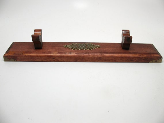 Magic Wand Stand Holder Wizard Pagan Wood  Witch Holds 3 Wands 1429