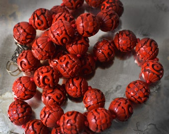 Vintage Chinese Cinnabar Necklace 35 Bead Silver Clasp Hand Carved Lacquer