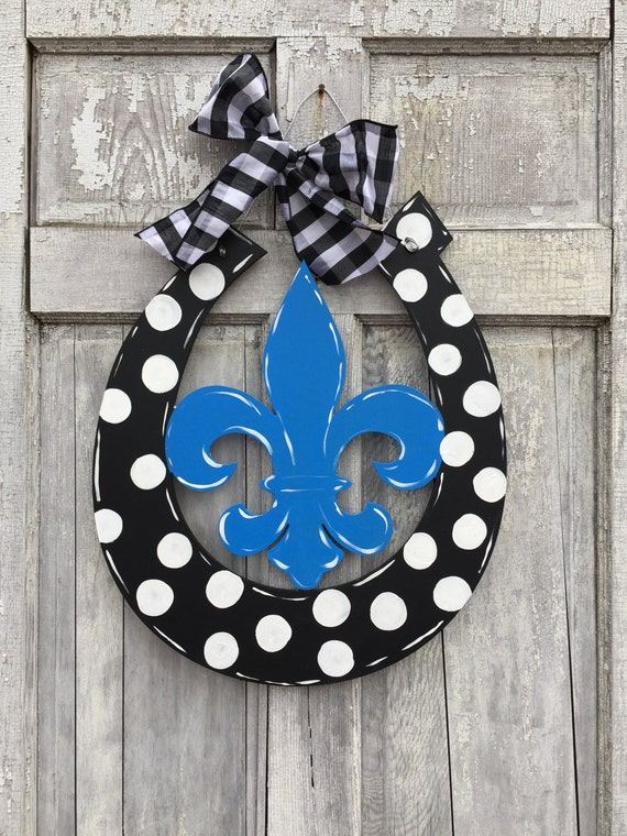 FLeur de Lis,  horseshoe, equestrian, Horse Farm, Louisville, New Orleans, hand painted, wood, door hanger, wall hanger,