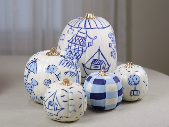 Chinoiserie faux pumpkin, hand painted Chinoiserie pumpkin, blue and white pumpkin, chinoiserie pumpkin, decorative chinoiserie pumpkin