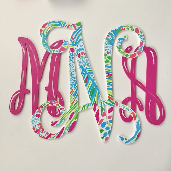 Monogrammed wood door hanger, monogram wall decor,  Personalized monogram, Painted wood monogram,  monogram initials