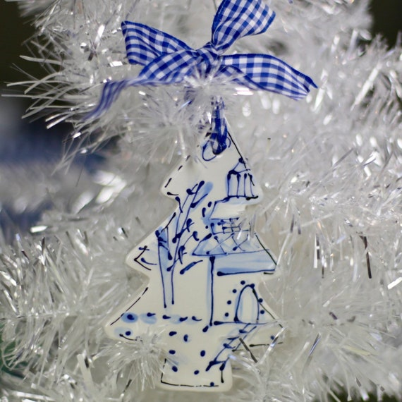 Chinoiserie tree ornament, chinoiserie Christmas tree, blue and white ornament, chinoiserie inspired design, hand painted chinoiserie