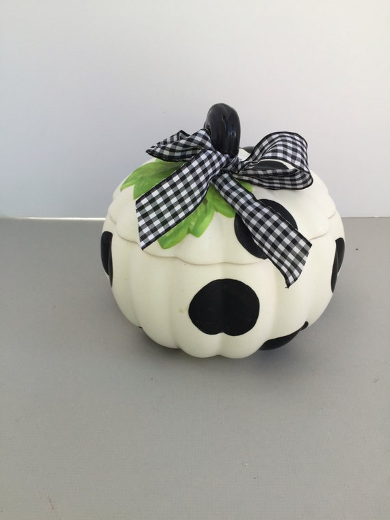 Ceramic hand painted pumpkin jar, halloween decor, pumpkin jar, halloween candy jar, black & white pumpkin, gourd jar