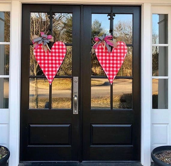 Valentine's Day, Heart door hanger, gingham heart door hanger, whimsical heart, Valentine's Day decor,  spring door hanger