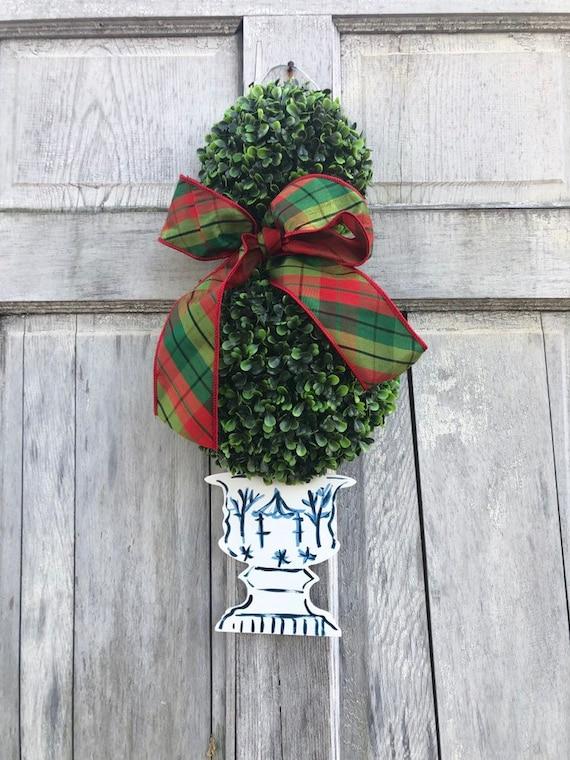 Boxwood Topiary door hanger, Door hanger with chinosorie pot, 3-D boxwood door sign, topiary door hanger, chinoisorie chic