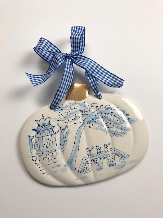 Chinoiserie pumpkin, chinoiserie pumpkin plaque, blue and white pumpkin plaque, gold accent pumpkin, ceramic pumpkin