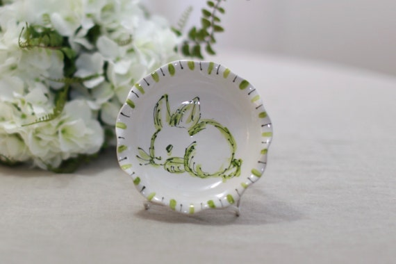 Chinoiserie easter bowl, chinoiserie chic decor, chinoiserie bowl, bunny bowl, blue and white bowl, bunny, easter dish, chinoiserie