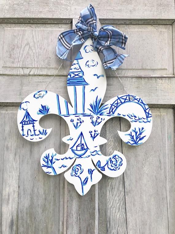 Chinoiserie, Fleur de Lis, door hanger,  fleur de lis door hanger, Louisville door hanger, Home welcome sign, Fleur de lis sign
