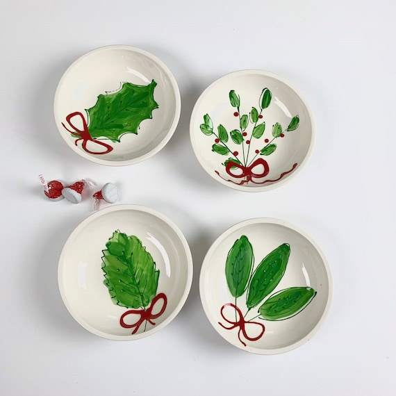 Fresh Christmas greens bowl, holiday bowl, mistletoe bowl, holly bowl, Christmas treat bowl, ring dish, Christmas candy dish
