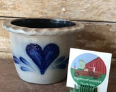 Vintage Rowe Pottery Handmade Gray Salt Glazed Crock with Blue Heart Design