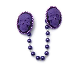 Purple Sugar Skull Cameo Sweater Clip with Purple Pearls, Collar Clip Chain, Retro Rockabilly Pinup Cardigan Clip, Sweater Guard Clasp