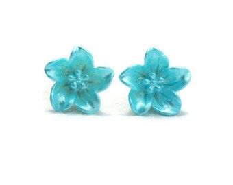 Blue Lily Earrings - Aqua flower stud earrings - Retro Resin jewelry - Rockabilly, Pinup, Vintage Style - Women's floral studs