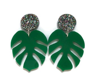 Green and Glitter Monstera Leaf Dangle Earrings, Acrylic Drop Earrings , Tropical Leaf Statement Earrings, Retro Rockabilly Pin Up
