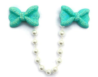 Bow Sweater Clip, Aqua Blue with White Pearls, Retro Rockabilly Pinup Cardigan Clip, Sweater Guard Clasp, Collar Clip Chain