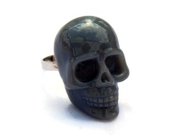 Gray Skull Ring - Large Resin Skull Ring - Rockabilly ring - Punk Ring - Goth, Horror, Spooky