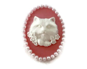Pink and White Cat Brooch, Retro Cameo Pin, Pin up, Vintage Inspired, Rockabilly