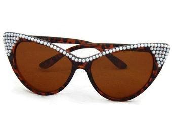 Retro Sunglasses Cat Eye with Pearls, Embellished Sunglasses, 50s Sunglasses, Cateye Sunglasses, Unique Sunglasses, 60s Sunglasses, Pinup