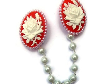 Red and White Rose Cameo Sweater Clip With White Pearls, Collar Clip, Collar Chain, Retro Cardigan Clip, Rockabilly Pinup Sweater Guard