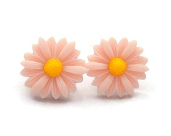 Daisy Earrings - 20 mm Peachy Pink Flower Earrings
