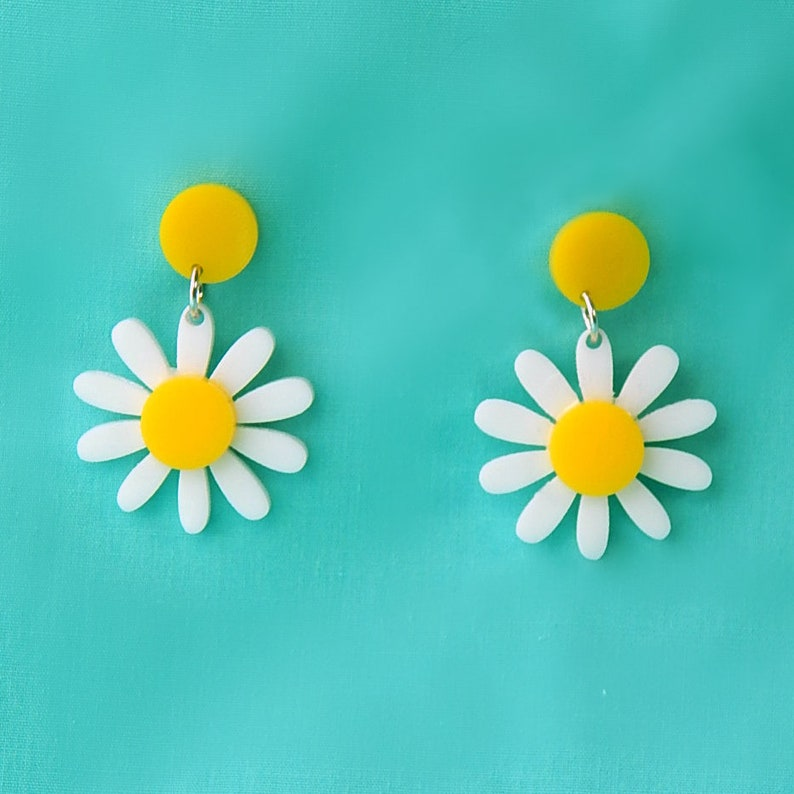1960s Jewelry Styles and Trends to Wear Retro Daisy Acrylic Dangle Earrings - Vintage Yellow and White Plastic Flower Drop Earrings - Rockabilly Mod Pinup Nickel Free Jewelry $15.00 AT vintagedancer.com