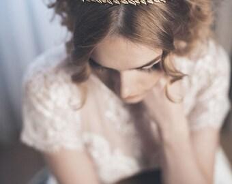Gold headpiece - Gold laurel crown - Gold bridal headband - Leaf headband