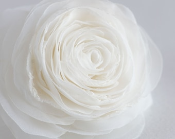 Ivory bridal flower hair clip - Rose hair flower - Bridal hair piece - Flower hair piece