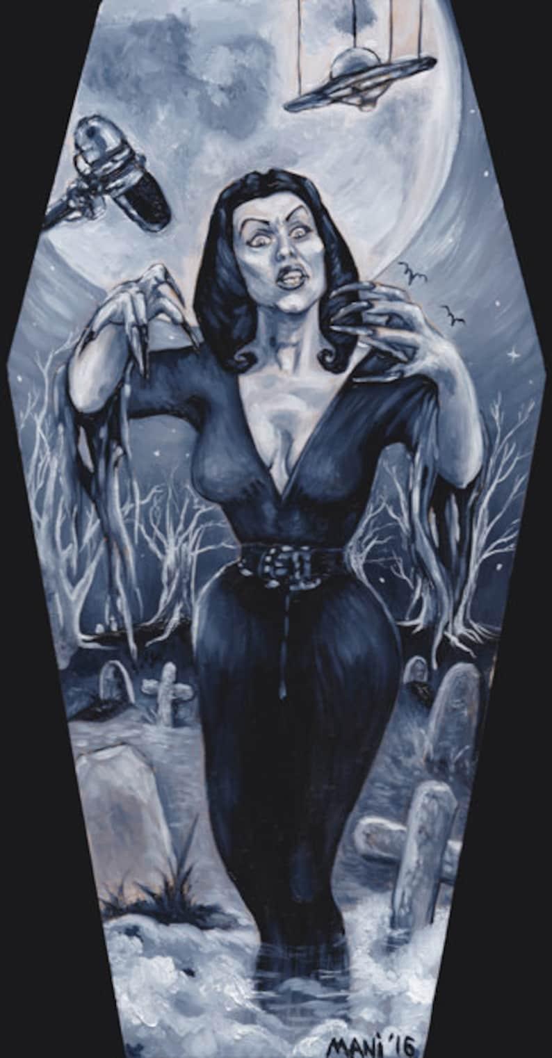 Vampira image 0